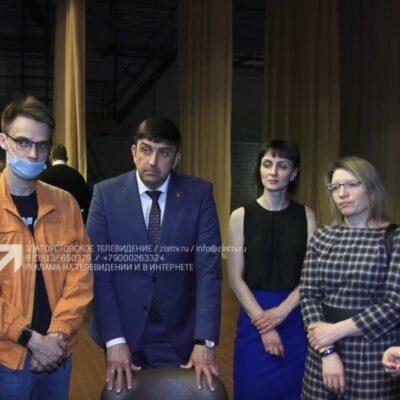 Делегация из Златоуста встретилась выпускниками медуниверситета в Челябинске